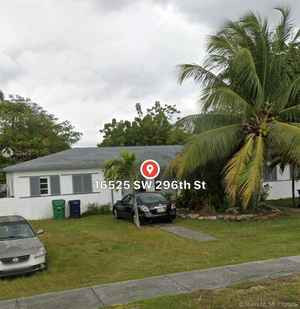 439 900$ - Miami-Dade County,Homestead; 2182 sq. ft.