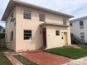 545 000$ - Miami-Dade County,Miami Beach; 2921 sq. ft.