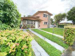 640 000$ - Miami-Dade County,Miami; 2342 sq. ft.