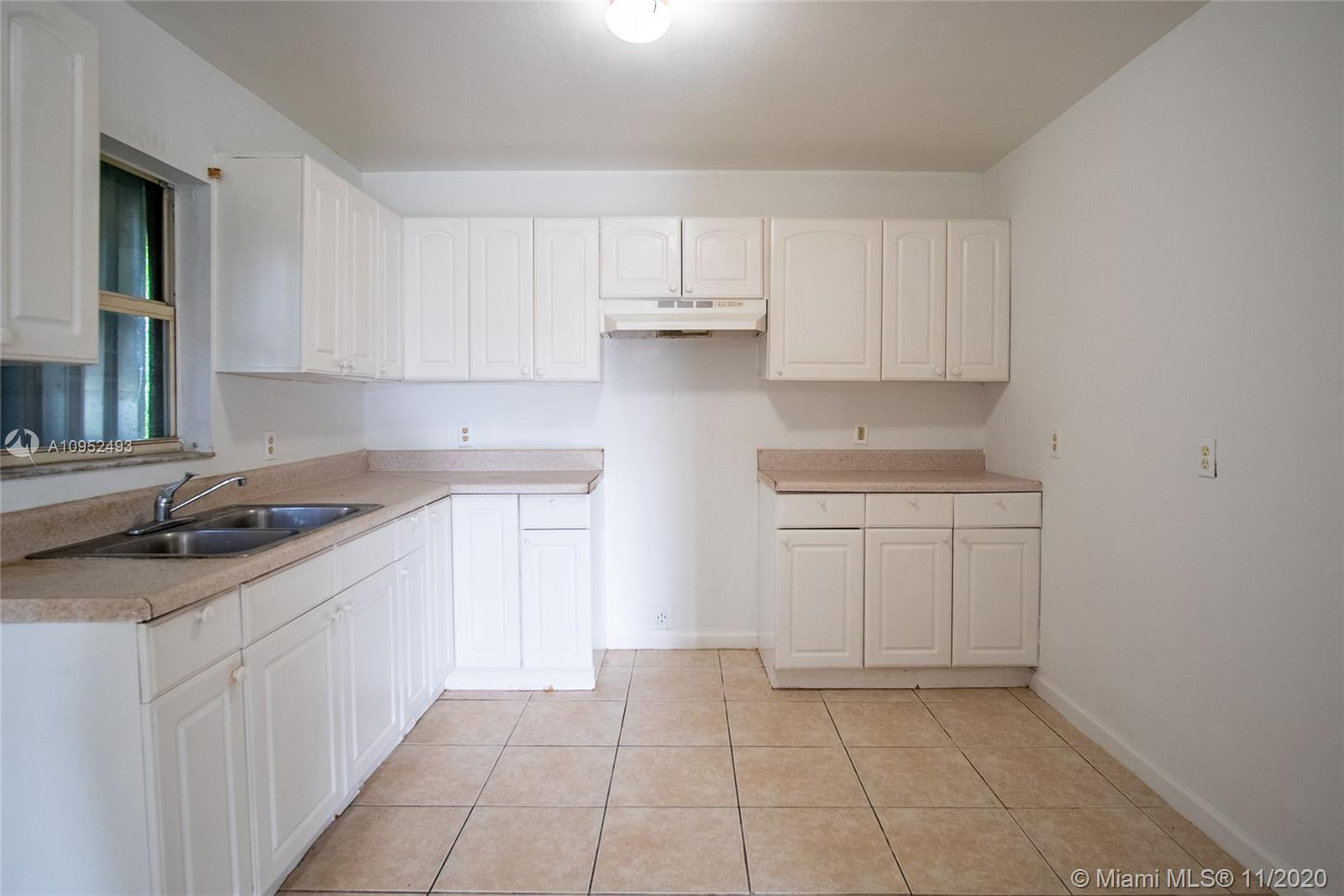 /  2139 sq. ft. $ 2020-11-03 0 Photo