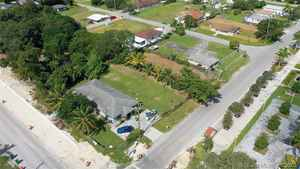 475 000$ - Miami-Dade County,Miami; 2251 sq. ft.