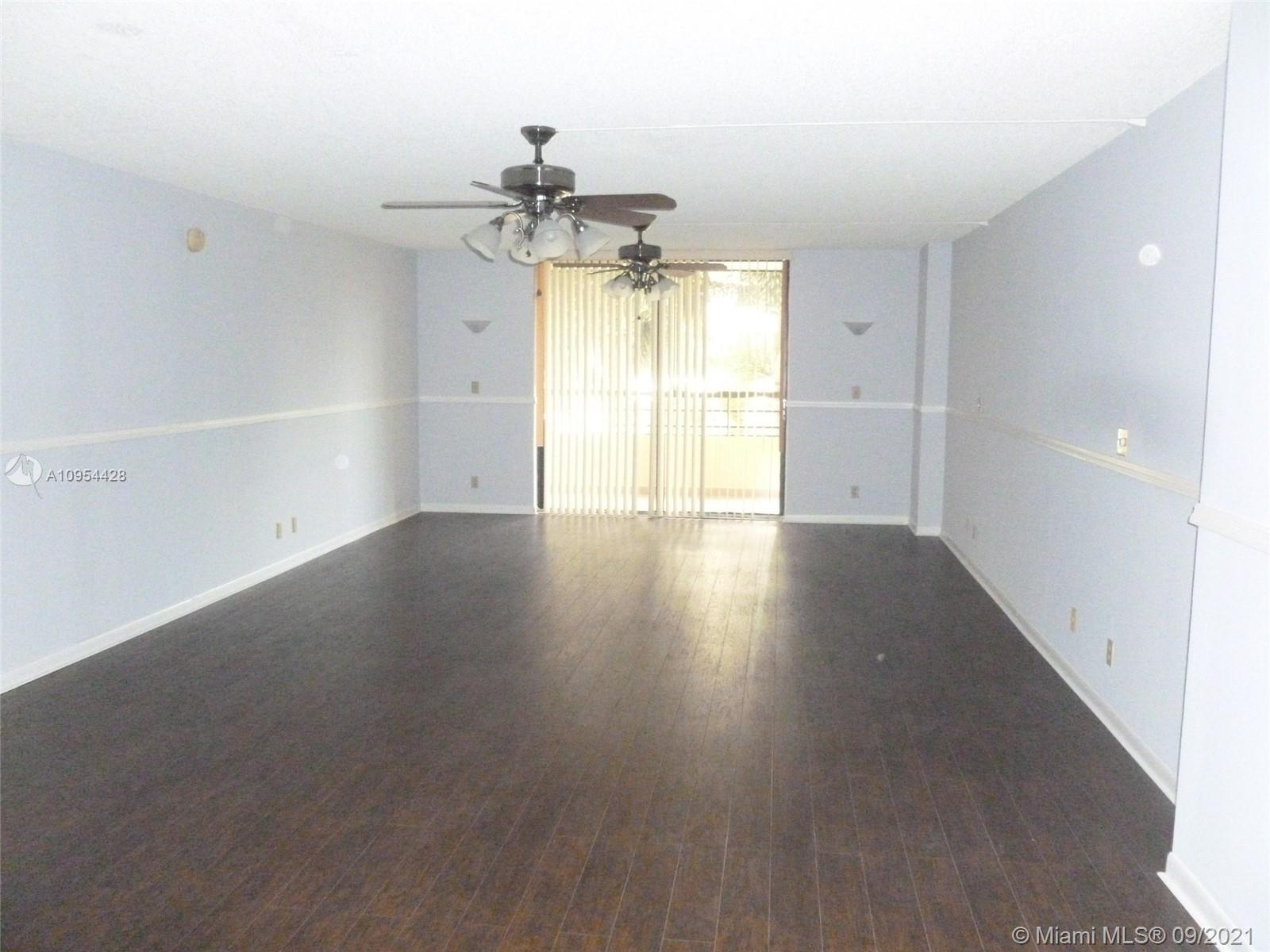 Photo of 2500 Parkview Dr #411, Hallandale Beach, Florida, 33009 - UPDATED CONTEMPORARY KITCHEN