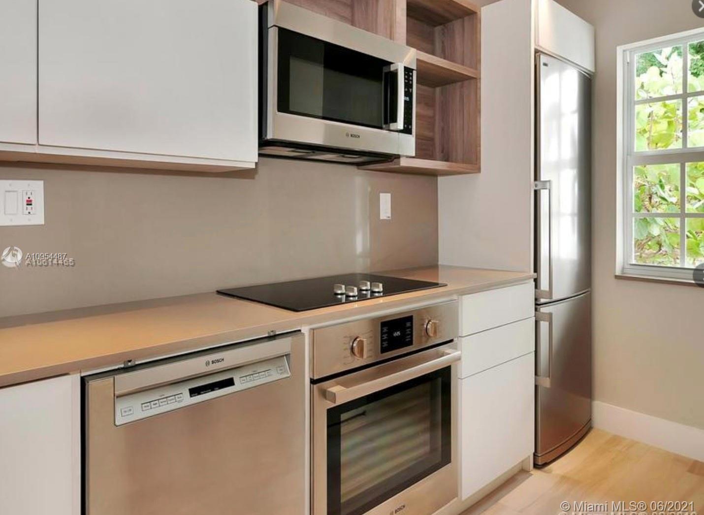 /  4508 sq. ft. $ 2020-11-07 0 Photo