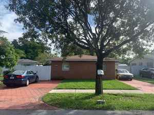 399 000$ - Broward County,Hallandale Beach; 1624 sq. ft.