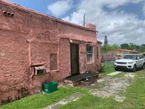 159 000$ - Miami-Dade County,Miami; 1452 sq. ft.