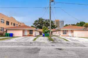 750 000$ - Miami-Dade County,Miami; 3229 sq. ft.