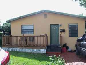398 999$ - Broward County,Dania Beach; 1312 sq. ft.