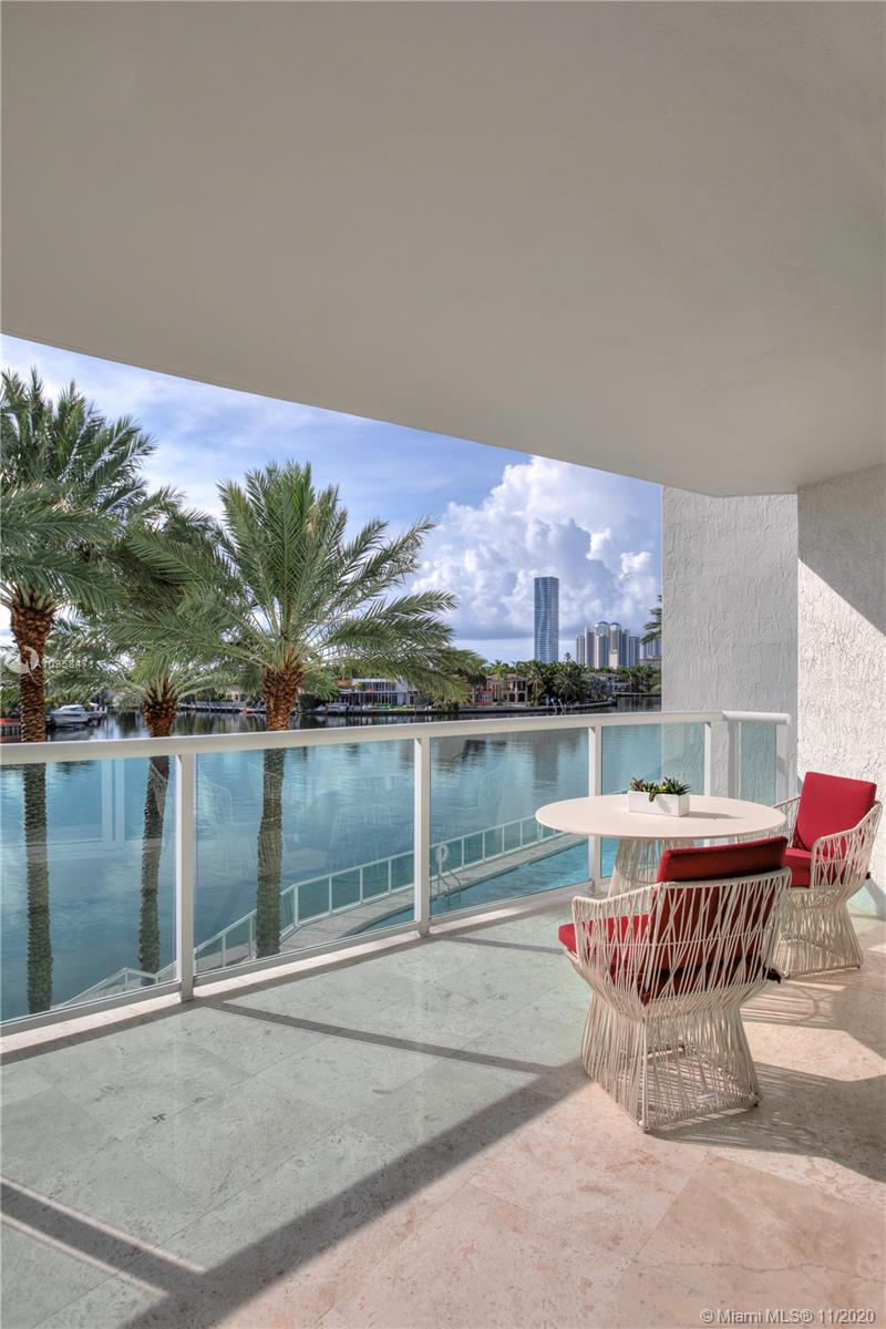 Photo of 20201 Country Club Dr #304, Aventura, Florida, 33180 -