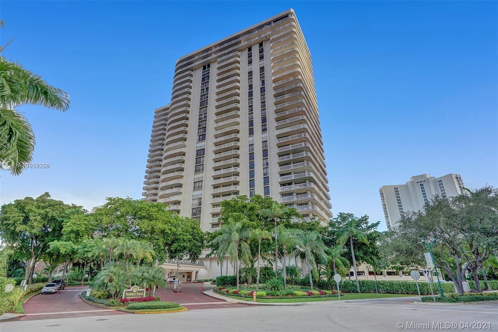 Photo of 19355 Turnberry Way #18J, Aventura, Florida, 33180 -