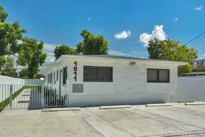 599 000$ - Miami-Dade County,Miami; 2063 sq. ft.