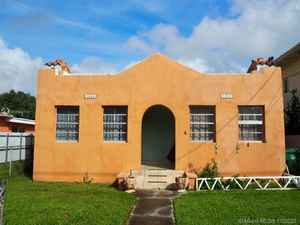 600 000$ - Miami-Dade County,Miami; 2804 sq. ft.