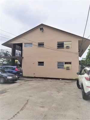 650 000$ - Miami-Dade County,Miami; 3912 sq. ft.