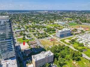1 500 000$ - Broward County,Hallandale Beach; 1681 sq. ft.