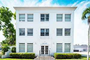 4 395 000$ - Miami-Dade County,Miami Beach; 11475 sq. ft.