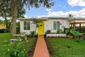 599 000$ - Miami-Dade County,Miami; 3111 sq. ft.
