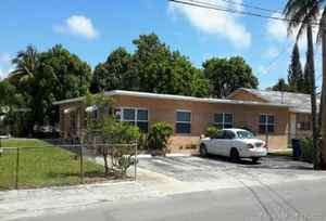 310 000$ - Broward County,Hallandale Beach; 1683 sq. ft.