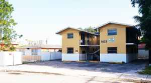 1 425 000$ - Miami-Dade County,Miami; 8027 sq. ft.