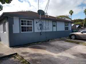 579 000$ - Miami-Dade County,Miami; 2516 sq. ft.