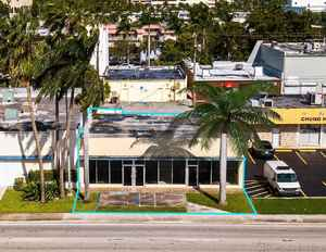 1 299 000$ - Miami-Dade County,North Miami Beach; 7000 sq. ft.