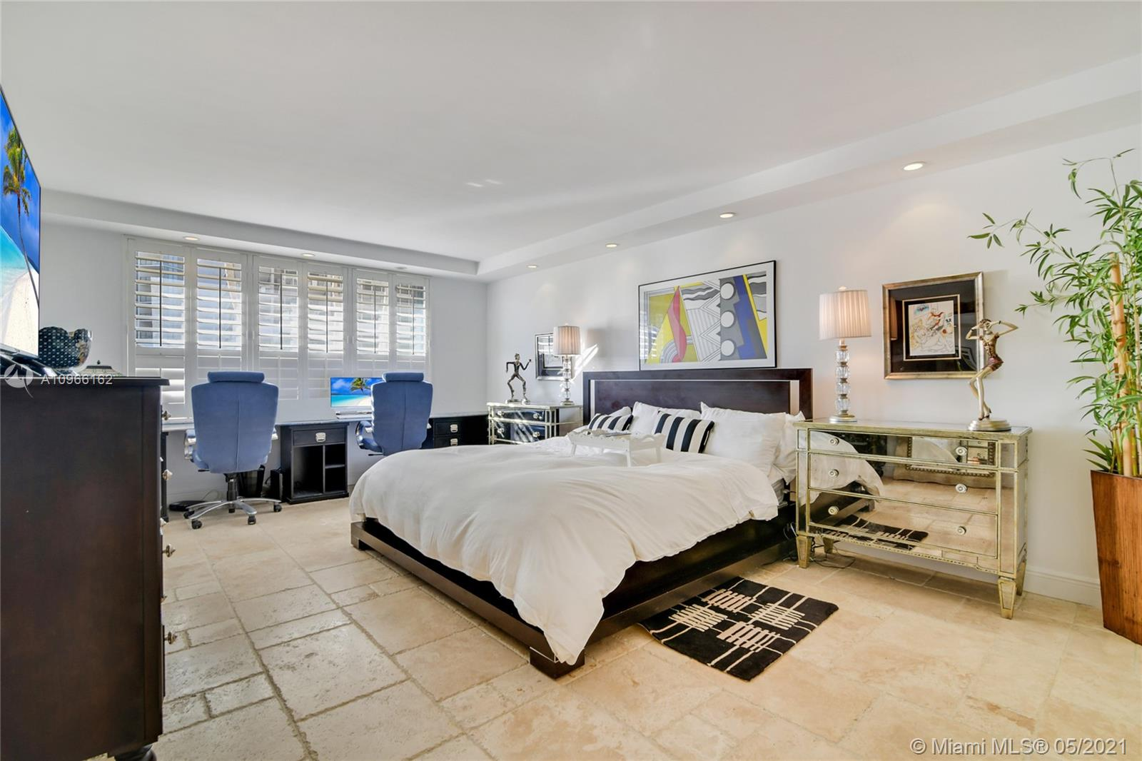 Photo of 9801 Collins Ave #4Z Direct Ocean, Bal Harbour, Florida, 33154 - Guest bath