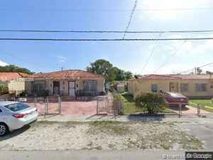 450 000$ - Miami-Dade County,Miami; 1500 sq. ft.