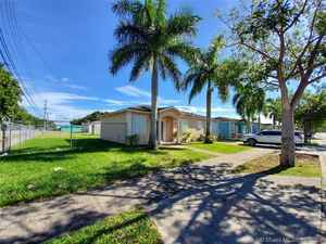 250 000$ - Miami-Dade County,Florida City; 5599 sq. ft.