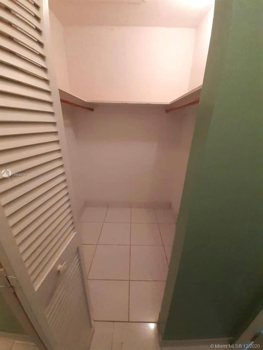/  2512 sq. ft. $ 2021-04-12 0 Photo