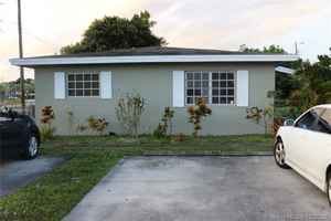 399 990$ - Broward County,Hollywood; 1800 sq. ft.