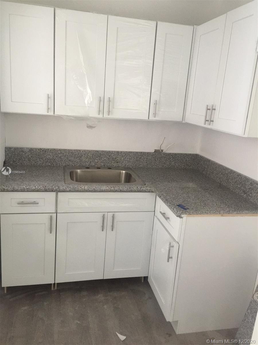 /  1540 sq. ft. $ 2020-12-10 0 Photo