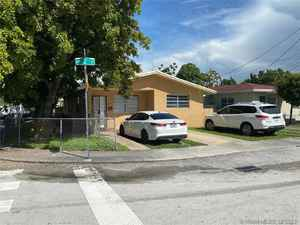 495 000$ - Miami-Dade County,Miami; 2949 sq. ft.