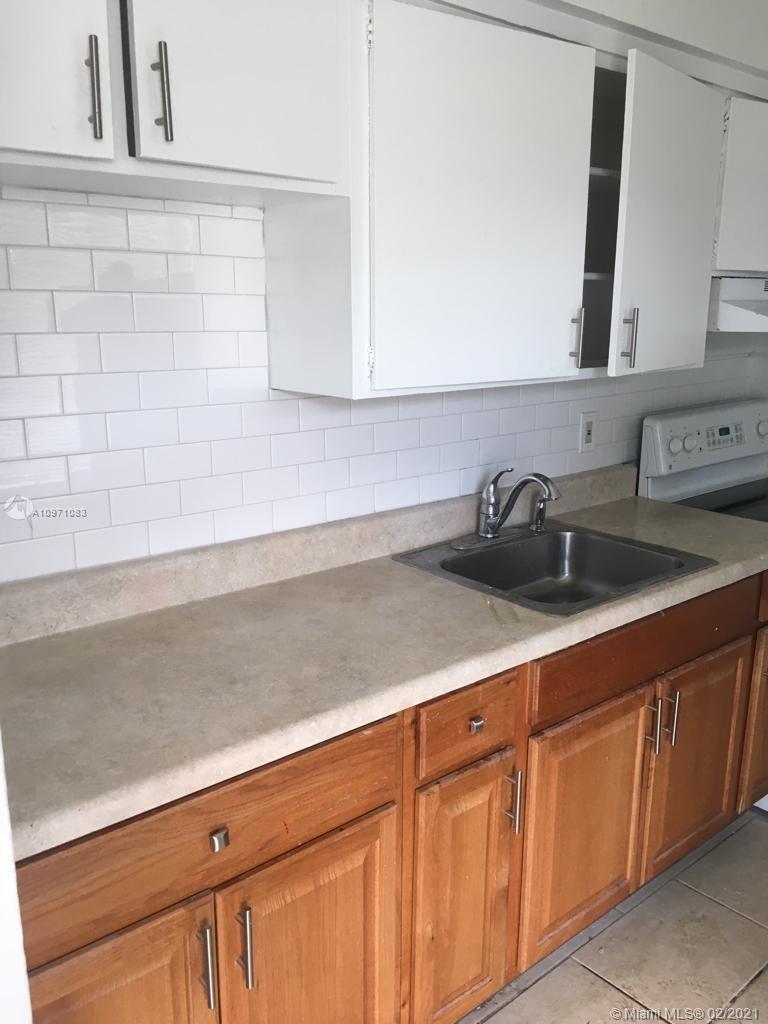 /  2383 sq. ft. $ 2021-01-30 0 Photo