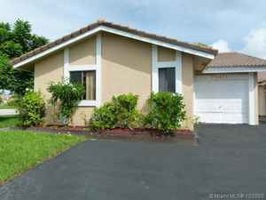 515 000$ - Broward County,Coral Springs; 2505 sq. ft.