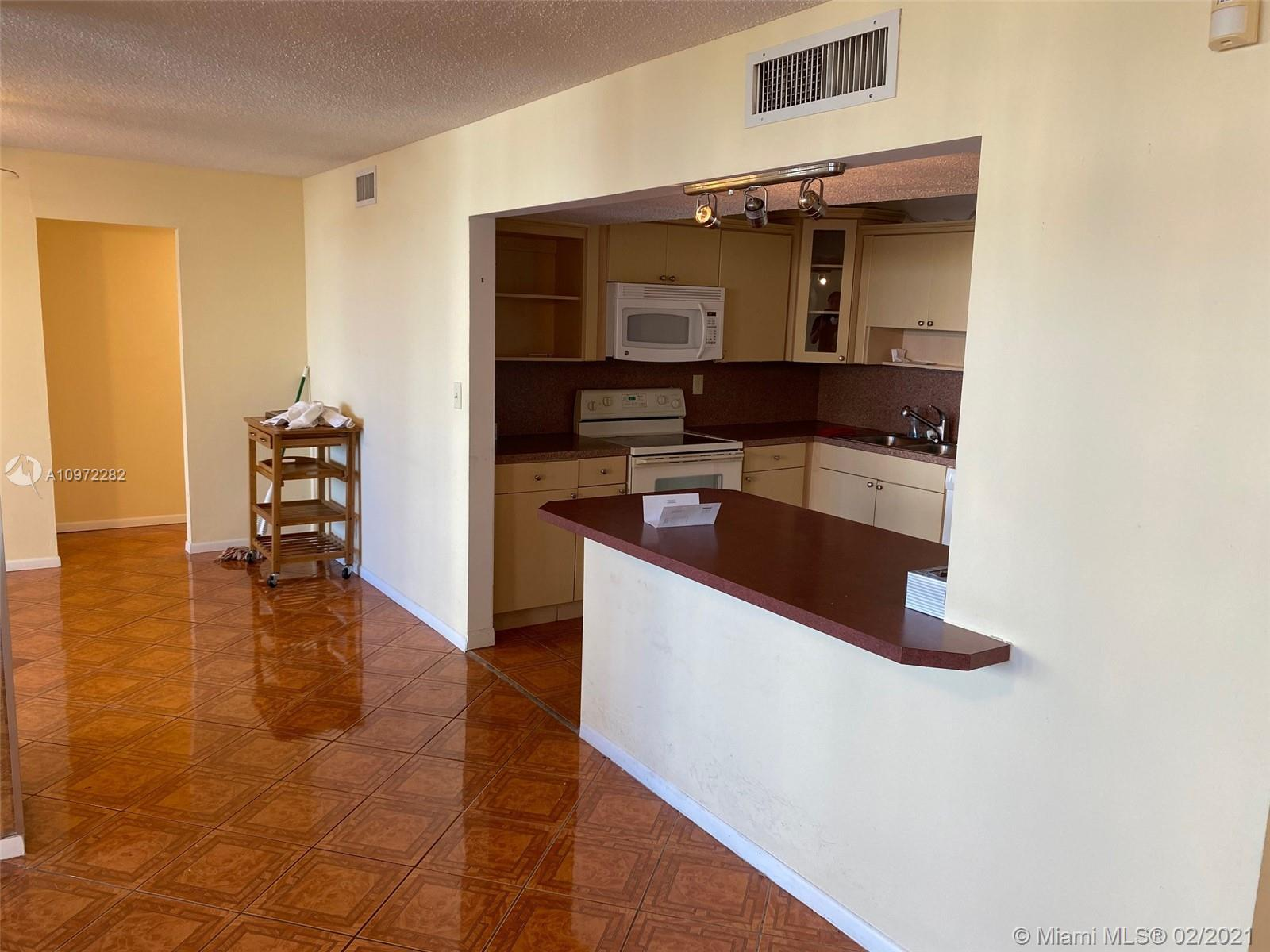 Photo of 1410 Ocean Dr #208, Hollywood, Florida, 33019 -