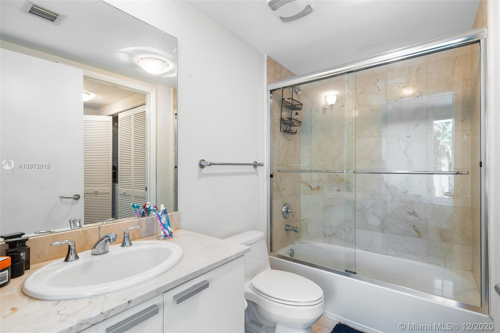 Photo of 3131 188th St #2-307, Aventura, Florida, 33180 - Bathroom