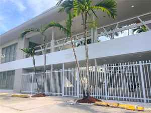 2 990 000$ - Miami-Dade County,Miami Beach; 15430 sq. ft.