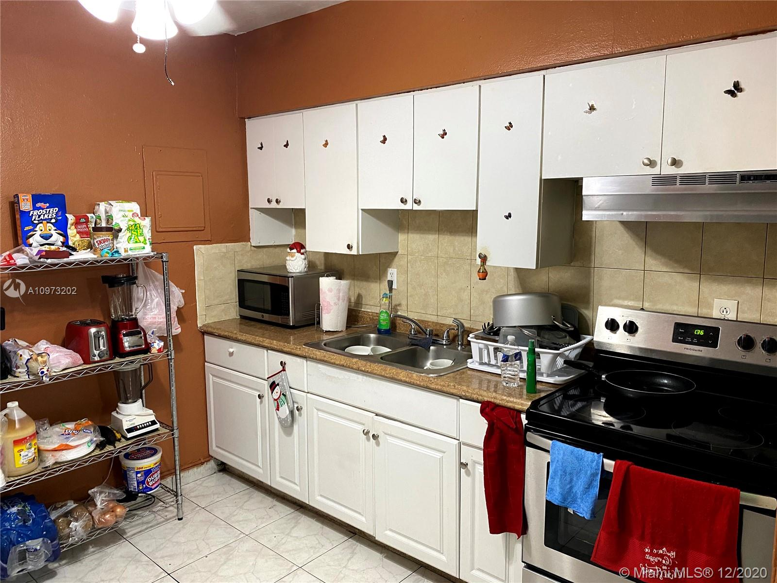 /  1430 sq. ft. $ 2021-01-29 0 Photo
