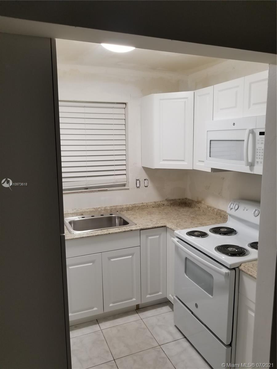 /  2100 sq. ft. $ 2021-04-14 0 Photo