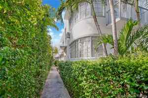 2 350 000$ - Miami-Dade County,Miami Beach; 7067 sq. ft.