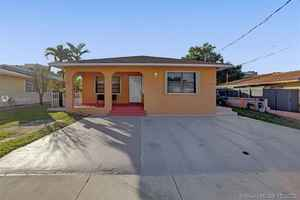 619 000$ - Miami-Dade County,Miami; 3116 sq. ft.