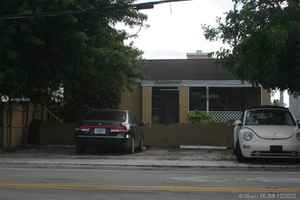 445 000$ - Broward County,Hollywood; 2825 sq. ft.