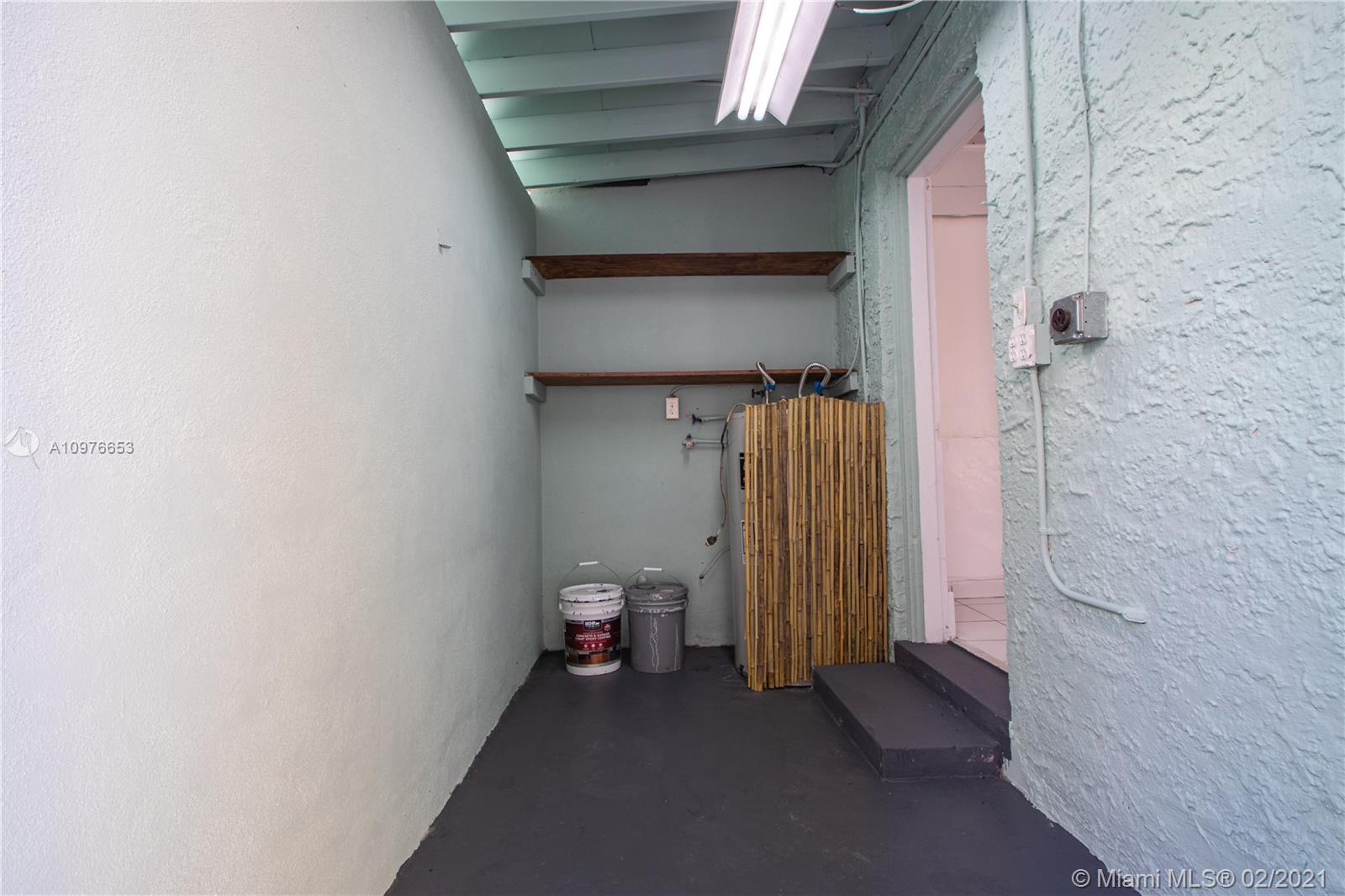 /  1875 sq. ft. $ 2021-03-18 0 Photo
