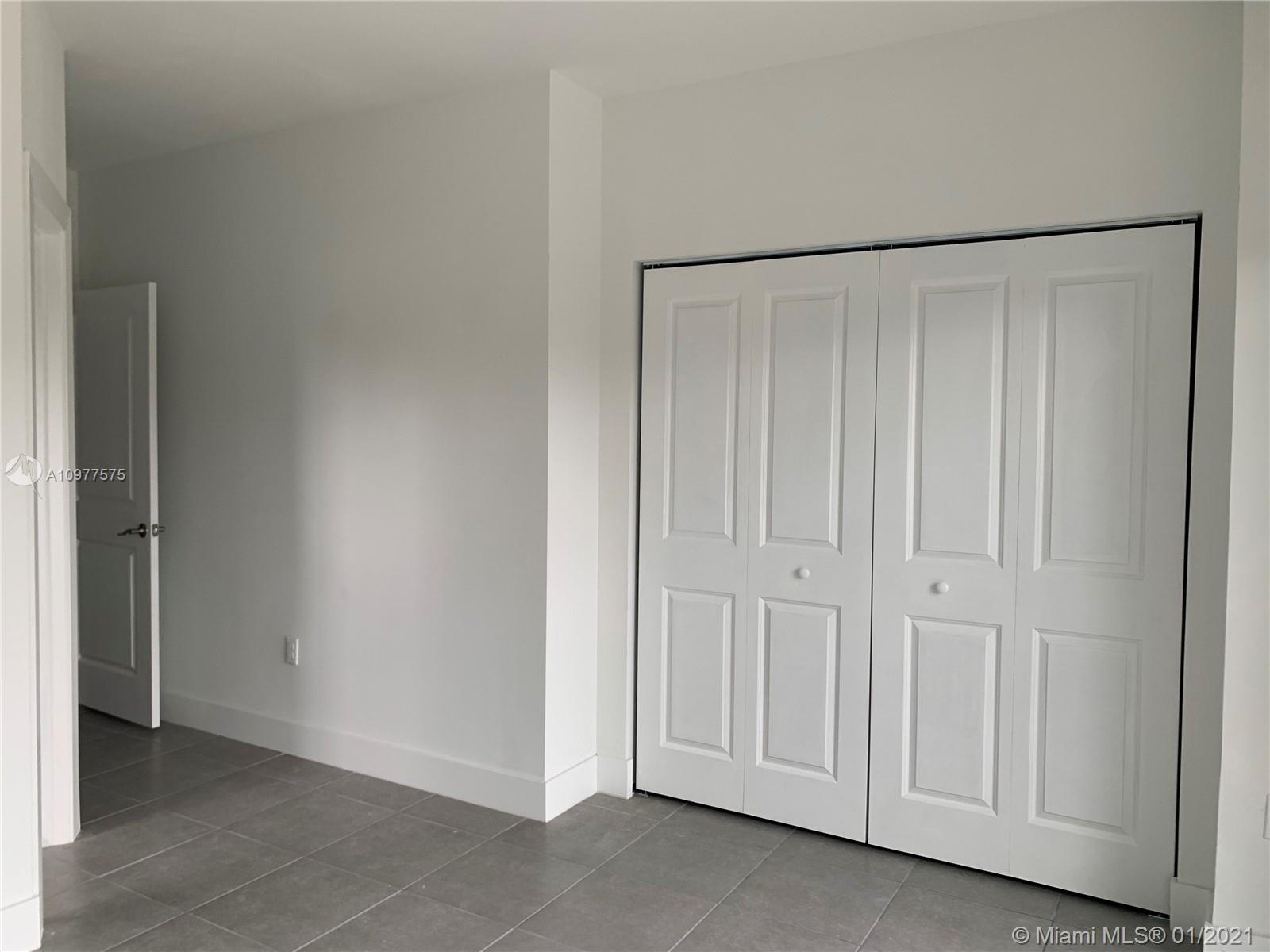 /  0 sq. ft. $ 2021-01-04 0 Photo