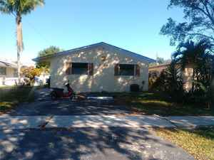 371 700$ - Broward County,Hollywood; 1926 sq. ft.