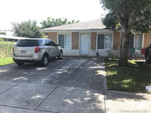 399 999$ - Miami-Dade County,Miami; 2444 sq. ft.
