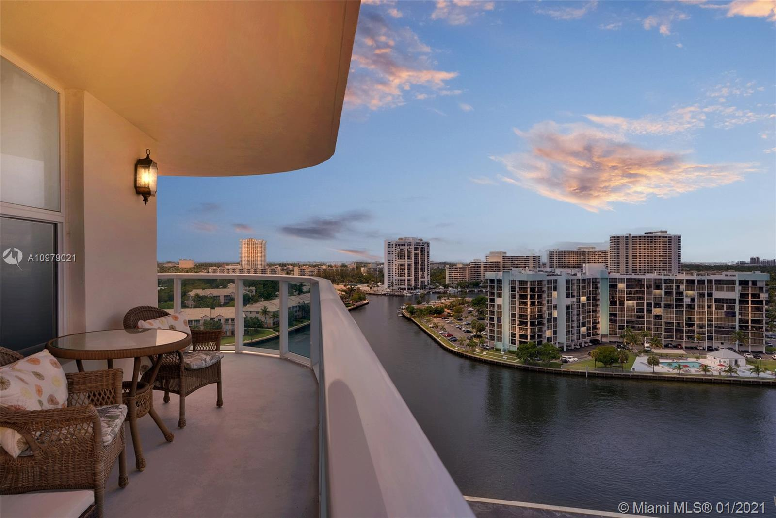 Photo of 3800 Ocean Dr #1421, Hollywood, Florida, 33019 -