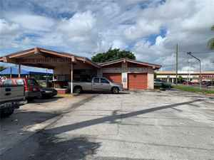 1 250 000$ - Broward County,West Park; 19845 sq. ft.
