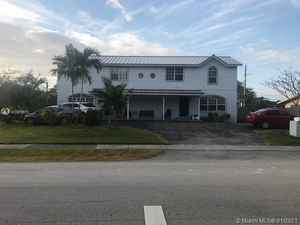 850 000$ - Miami-Dade County,Palmetto Bay; 3090 sq. ft.