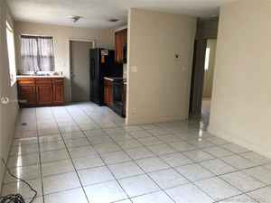 349 000$ - Broward County,Dania Beach; 1935 sq. ft.
