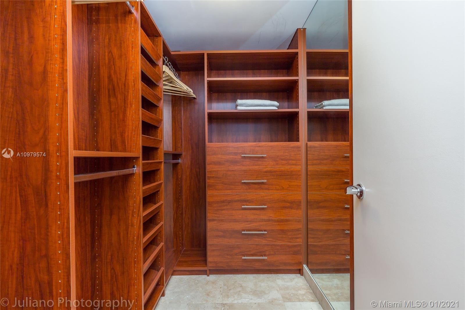 1107 1 / 1 871 sq. ft. $ 2021-01-06 0 Photo