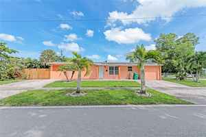 395 000$ - Broward County,Davie; 1610 sq. ft.